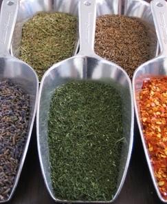 קוסמטיקה נטורולוגית  medicinal plants  .natural cosmetics